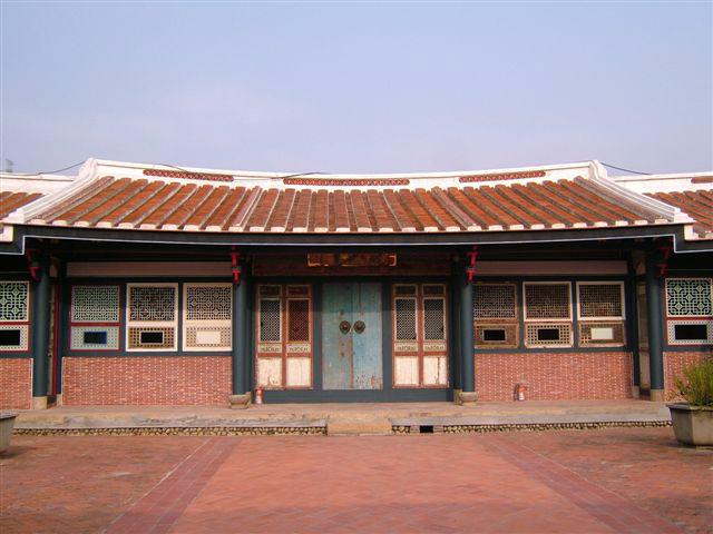 宮保第左側為三進之大花廳,室內大木結構表現明顯的江南建築風格。