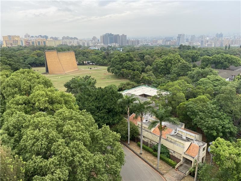 路思義教堂、原藝術中心、女生宿舍局部鳥瞰,蕭雅菁提供